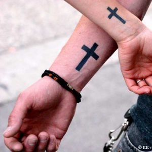 christian-cross-tattoos